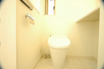 内覧会2階トイレ便器