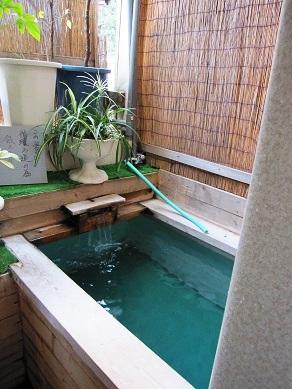 宿の部屋風呂