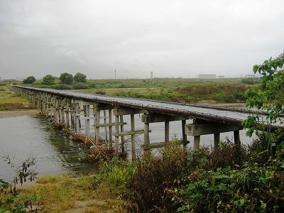 木津の流れ橋