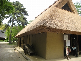 摂津能勢の民家
