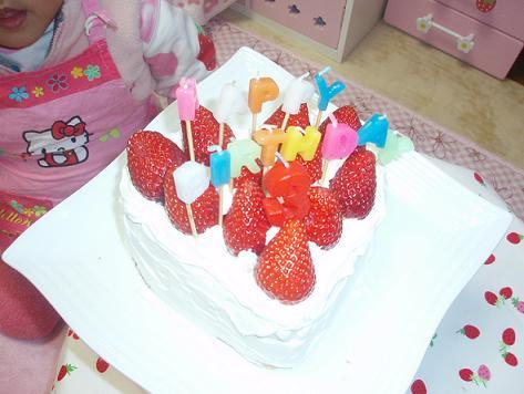 手作りバースデイケーキ
