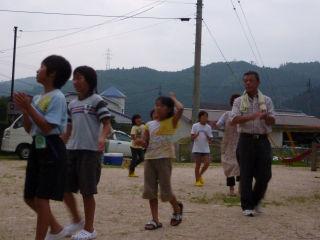 今年もまた盆踊りの練習です。