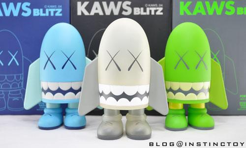 blogtop-kaws-blitz-comp.jpg