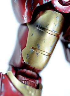 hot-ironman-point-up-04.jpg