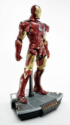 hot-ironman-vd-pose-06.jpg