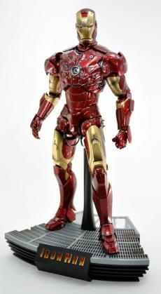 hot-ironman-vd-pose-12.jpg