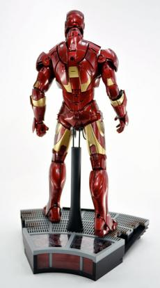 hot-ironman-vd-pose-13.jpg