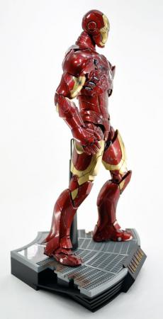 hot-ironman-vd-pose-16.jpg