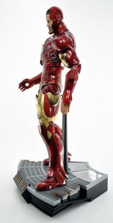 hot-ironman-vd-pose-17.jpg