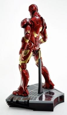 hot-ironman-vd-pose-18.jpg