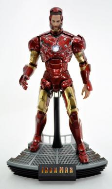 hot-ironman-vd-pose-20.jpg