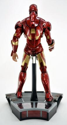 hot-ironman-vd-pose-21.jpg