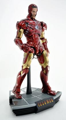 hot-ironman-vd-pose-22.jpg
