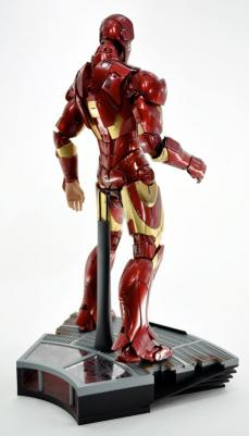 hot-ironman-vd-pose-23.jpg