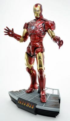 hot-ironman-vd-pose2-02.jpg