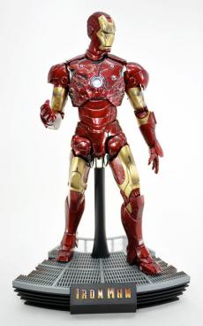 hot-ironman-vd-pose2-06.jpg