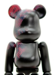 invincible-bearbrick-04.jpg