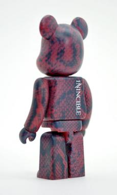 invincible-bearbrick-15.jpg