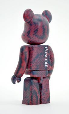 invincible-bearbrick-15.jpg