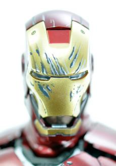 ironman-vd-face-02.jpg