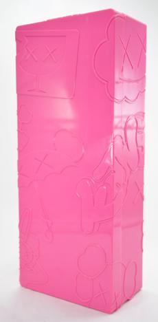 kaws-bendy-pink-17.jpg