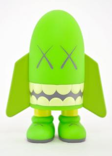 kaws-blitz-green-06.jpg