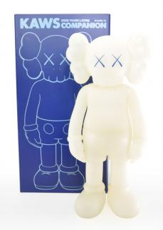 kaws-companion-5years-blue-01.jpg