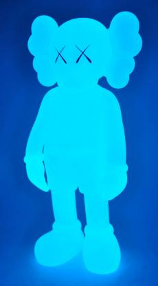 kaws-companion-5years-blue-15.jpg