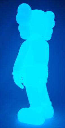 kaws-companion-5years-blue-16.jpg
