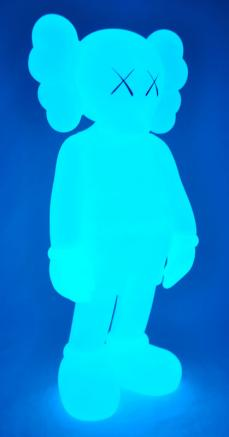 kaws-companion-5years-blue-19.jpg