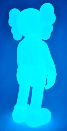 kaws-companion-5years-blue-20.jpg