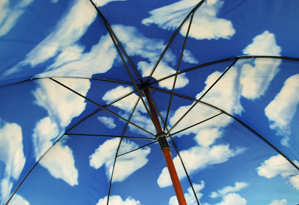 moma-sky-umbrella2-2.jpg