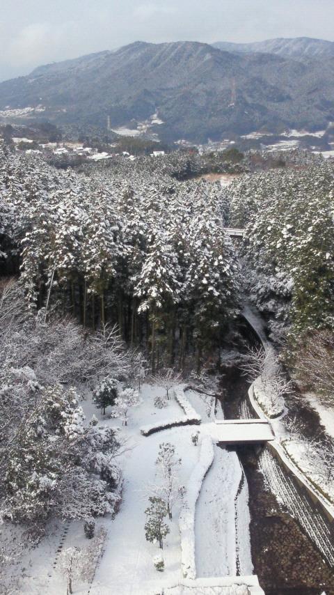 太宰府の雪の北谷ダム積雪あり