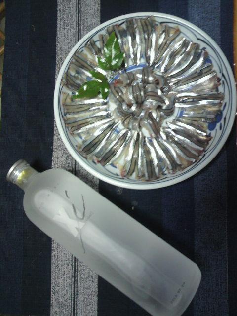 泡盛とキビナゴ