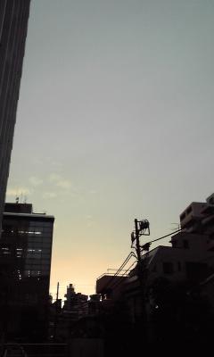 高層雲が何故か一時晴れた 100331_1738~01