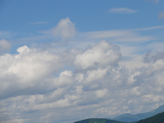 DSC04244s-640岩手・山の上