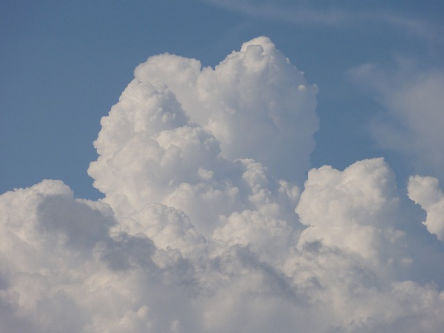 DSC04121s-640雄大積雲