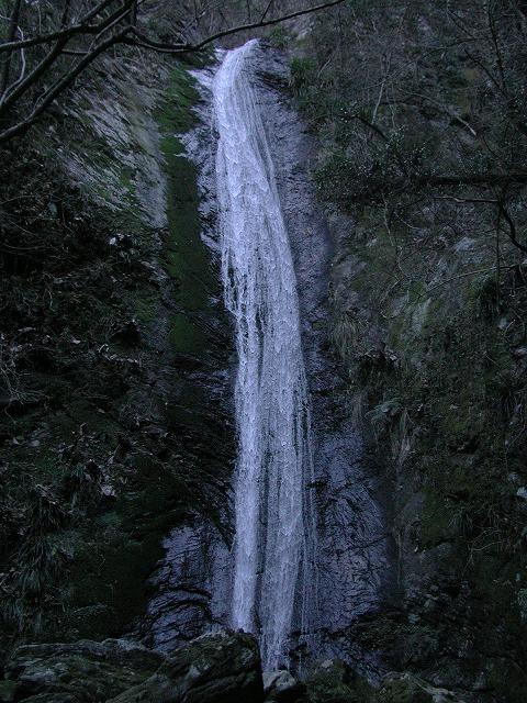 綾滝 2004年1月3日0079.01s-640