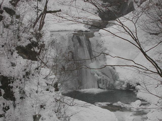 七つ釜五段の滝(西沢渓谷)0007s-640