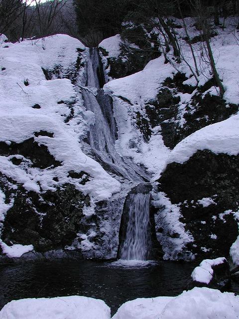 三つ釜の滝(奥多摩・海沢)0000s-640