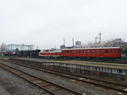 真岡鐵道・真岡駅 DE10形ディーゼル機関車 など