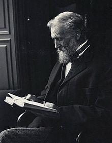 220px-John_Muir_1912.jpg