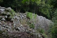 ばんちゃんの旅案内 -日本全国自走の旅--金田城壁