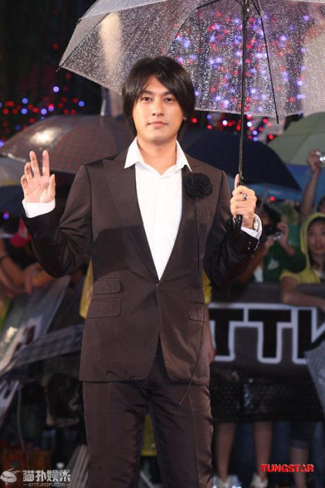 20100626GoldenAward_Ken03.jpg
