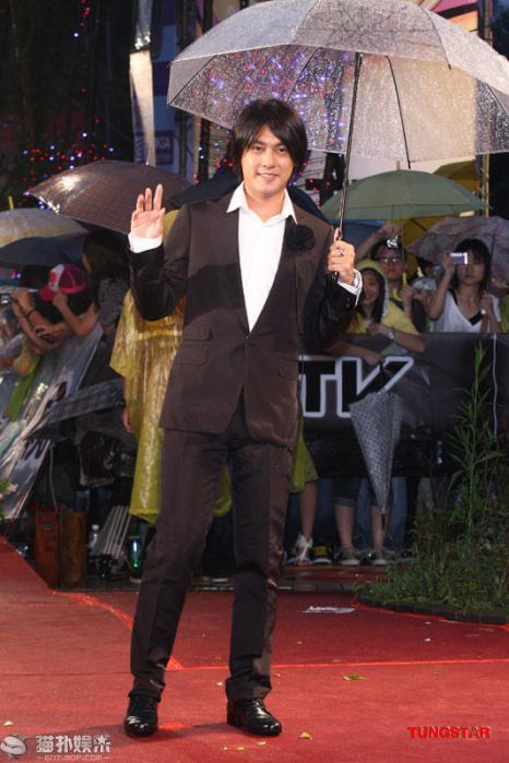 20100626GoldenAward_Ken05.jpg