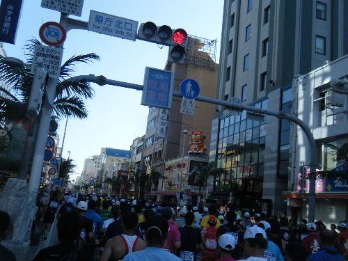 2011_1205NAHAマラソン0076