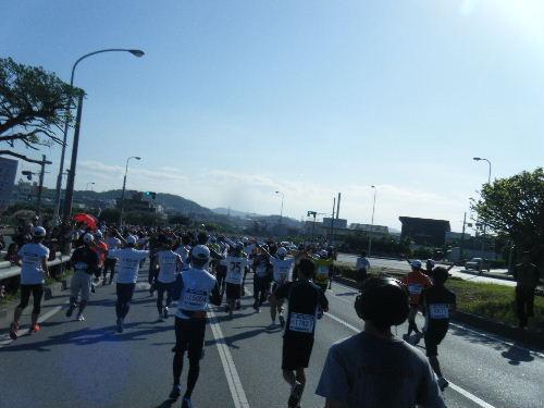 2011_1205NAHAマラソン0099