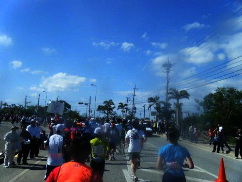 2011_1205NAHAマラソン0174