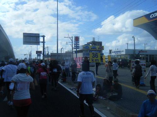 2011_1205NAHAマラソン0276