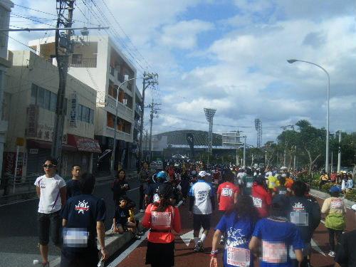 2011_1205NAHAマラソン0301